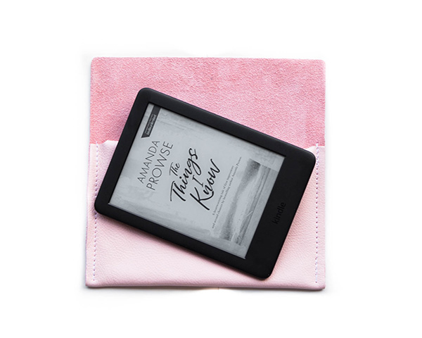 Kindle_pouch_baby_pink-(1)
