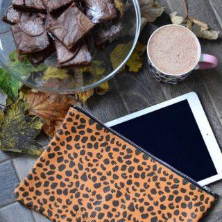 Our gorgeous leopard print zipped pouch !  #leopardprint  Photo @leopard_is_our_neutral